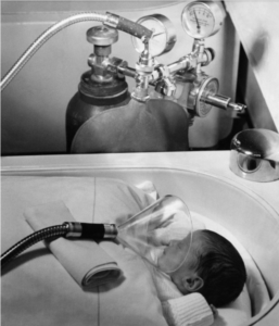 oxygen was administered to newborns via large mask in 1939, in Berlin, Germany